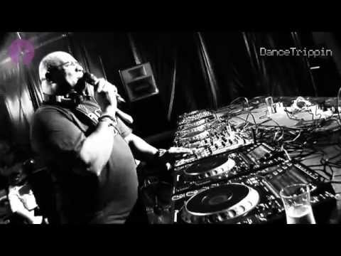 Maskio vs Sebastien Leger - Human Jaguar (Freaker Booty Mix) [played by Carl Cox]