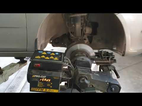 Проточка тормозных дисков на Skoda Fabia в Калининграде