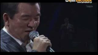 加山さんの「武道館」ライブのときの「ハーモニー」です。 加山さんはこ...