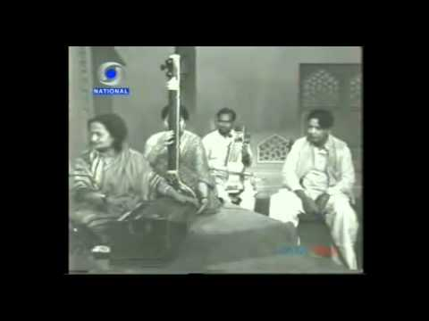 बेग़म-अख़्तर-और-कैफ़ी-आज़मी-:-begum-akhtar-sings-kaifi-azmi