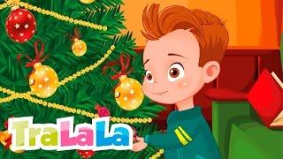 Repeat youtube video Brăduțul meu - Cântece de iarnă pentru copii | TraLaLa