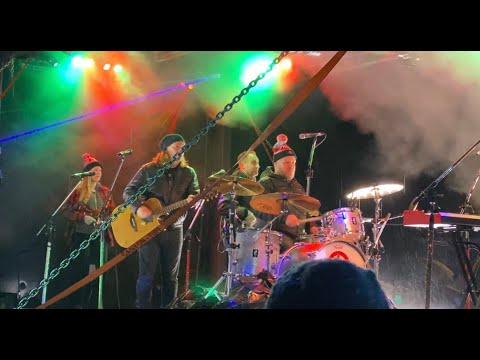 CP Holiday Train - Alan Doyle & the Beautiful Beautiful Band - Rouses Point 11-27-19