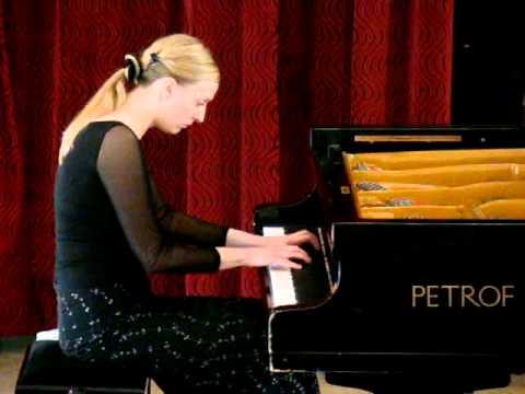Слушать песню Роберт Шуман - Соната для фортепиано № 1 фа-диез минор (Гилельс)