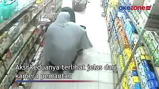 2 IBU SINDIKAT PENCURI SUSU TEREKAM CCTV MINIMARKET SAAT BERAKSI