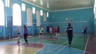 """Волейбол(""""большие"""")в школе Нарышкиной"""