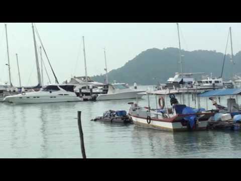 """Boats and """"Sampan"""" in Malaysia"""