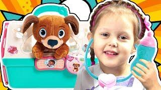 ДОКТОР ПЛЮШЕВА Ветеринар Питомцы Кошка и Собака заболели на приеме у Doc McStuffins Видео для детей