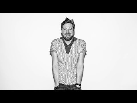 Kaiser Chiefs's Ricky Wilson Brings Unstoppable Laughter To BUILD