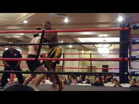 Top Kick SuperFights - Eric Olsen (vs) Walter Howard - Radisson Hotel - Hauppauge, NY - 9/29/17