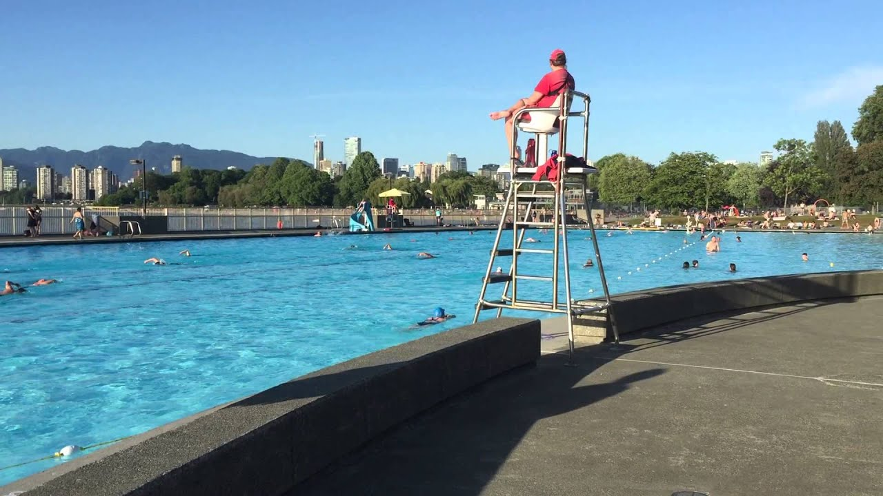 Kitsilano pool swimming vancouver bc youtube for Swimming pools public vancouver