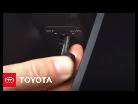 2007 - 2009 Tundra How-To: Front-Passenger Airbag Off Switch | Toyota