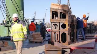 завершена операция по погрузке шести буксиров на борт судна HHL Lagos компании Hansa(Германия)(24 октября 2013 года успешно завершена уникальная операция по погрузке шести буксиров на борт специализирова..., 2013-11-01T12:09:10.000Z)