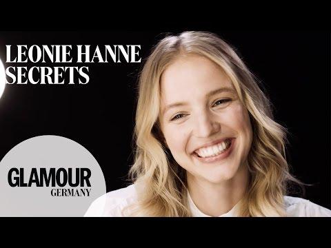 Lippenbekenntnisse mit Star-Bloggerin Leonie Hanne (Ohh Couture) I GLAMOUR Germany