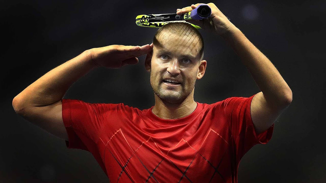 Farewell, 'Colonel': Youzhny's Memorable Salute