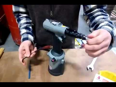 Setting up 4090 Pneumatic Tool & Installing M6 Rivnuts Rivet Nuts