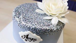 видео Как красиво украсить торт к празднику? Украшение торта сливками