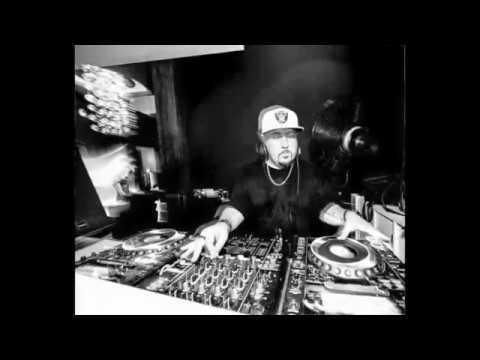 Safe (Smokingroove) Live @ Underground Artists, Square, Dubai - 18.09.15 - DJ MIX