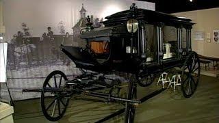 "Illinois Adventure #1402 ""Museum of Funeral Customs"""