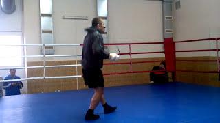 Боксер Автандил Хурцидзе на тренировке в Запорожье