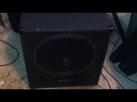 testing Evolution el-sub 15a 600W active pa subwoofer with peavey speakers
