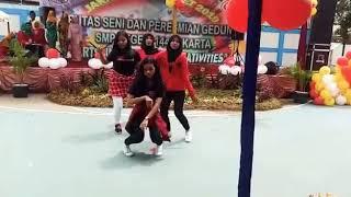 Dance cover BLACKPINK BOOMBAYAH SMPN 144 JAKARTA || Pensi