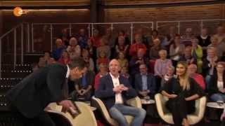 Das war knapp! Markus Lanz stürzt, ZDF - 06.10.2015
