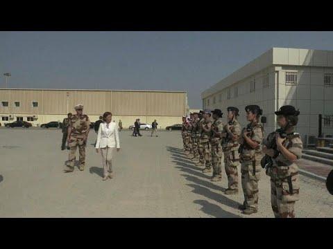 شاهد: وزيرة الدفاع الفرنسية في جولة لقاعدة عسكرية فرنسية في الإمارات…  - نشر قبل 4 ساعة