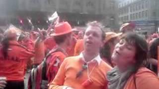 Nederland Oh Nederland in Bern, Zwitserland op het plein tijdens het EK 2008