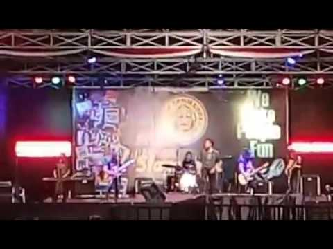 Kaisar (Kerangka Langit) with Buroxx Solo Classic Rock, featuring Didik Ermas Kaisar & Ary MII