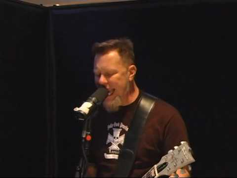 James Hetfield singing The Day that never Comes