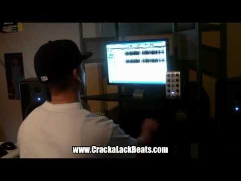 Cracka Lack - Making A Beat (Lil Wayne Sample)