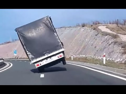 Trucks vs Heavy Wind Storms - Compilation 2017