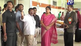 Govt Hospital ni Thanikhi Chesina Collector Yogitha Rana
