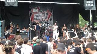 Andrew WK - I Get Wet/Party Hard (Live In Montreal)