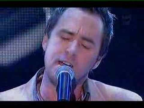 Damien Leith - Crying, with judges responses