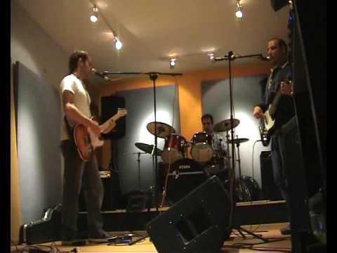Mas alla de mi corazon - Frank Font & Band  (live)