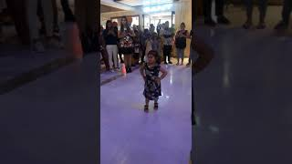 Cute Baby Girl Dance | Silver Ark Mall, Ludhiana | Selfie Song | Golak Bugni Bank te Batua Movie