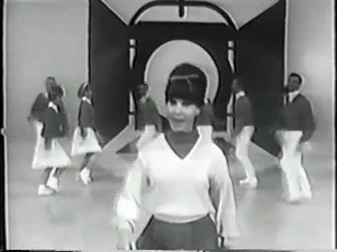 "Donna Loren sings ""Johnny One Note"" (1966)"