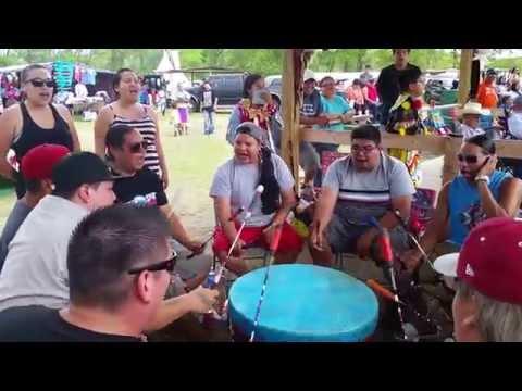 Young Spirit Ft. Larry T. Baskin - Twin Buttes Powwow 2015