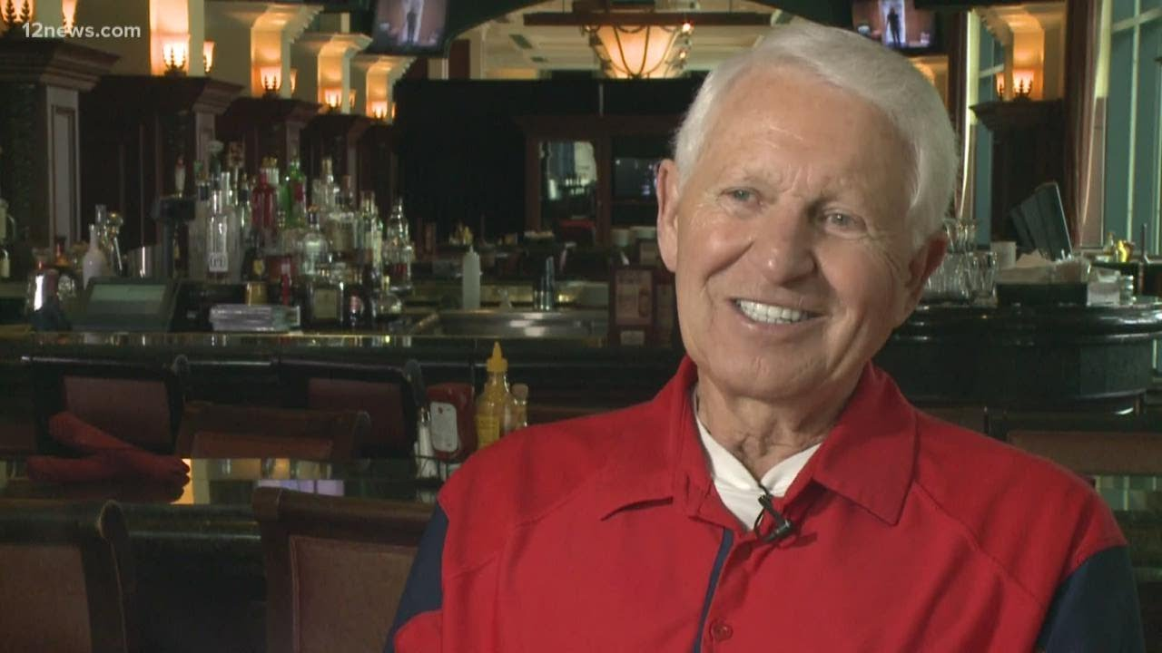 Hall of Fame basketball coach Lute Olson dies at 85