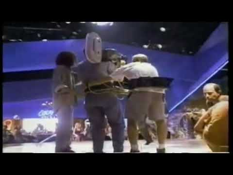 Pulp Fiction (1994) Behind the scenes - Quentin Tarantino Dancing