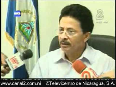 Acusan ante Fiscalía a Roberto Rivas