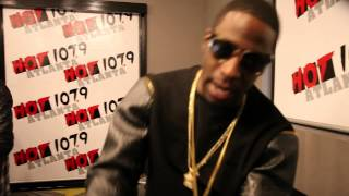 Watch Young Dro Grits video
