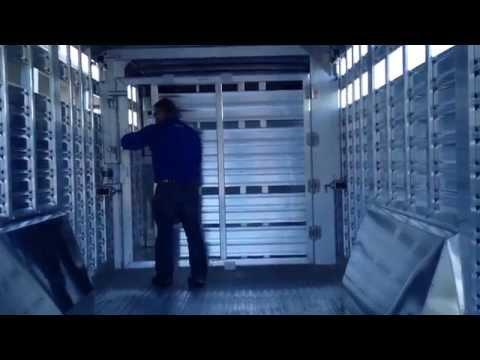 Featherlite Livestock Trailer Sliding Center Gate