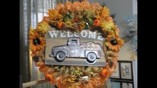 How to make a Cindy Vintage Pumkin Truck Wreath!