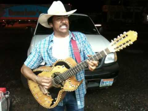 mexico guitarist playing a 12string great skill youtube. Black Bedroom Furniture Sets. Home Design Ideas
