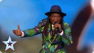 Welcome to the Isle of Wight! Derek Sandy brings sunshine to the stage | Auditions | BGT 2019
