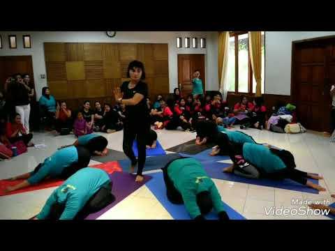 Yoga Formation Choreo by Sri Andayani - FamGath Health Club Fatimah 2018