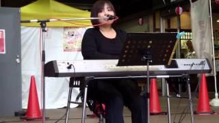 おりはしなつこ 2013年4月20日 金沢まちかど音楽祭 金沢市近江町いちば...