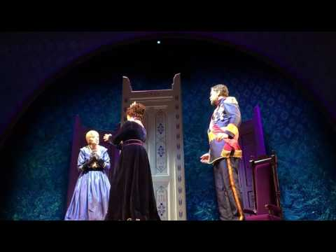 """""""Frozen"""" the musical: full show at California Adventure"""